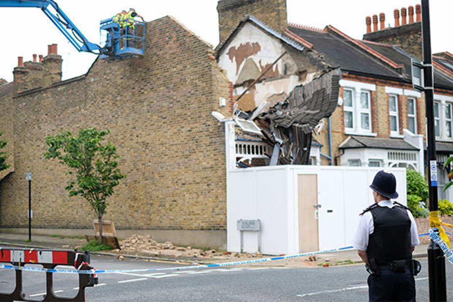 DIY disaster: London house collapses into pile of rubble